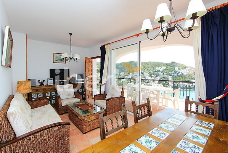 Flat   Rosas 4 persons - panoramic to the sea p9