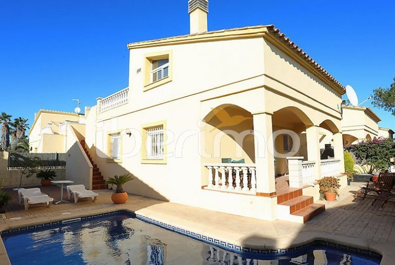 House   Deltebre  -  Riumar 8 persons - private pool p0