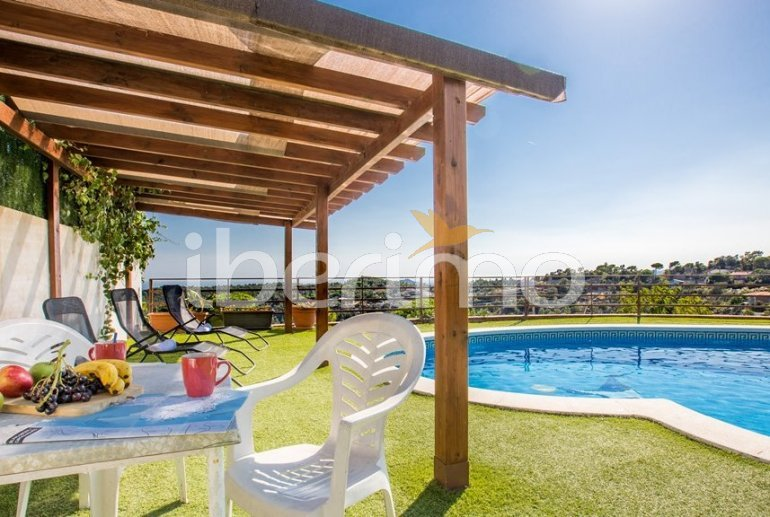 House   Lloret del Mar 8 persons - private pool, sea view and air conditioning p4