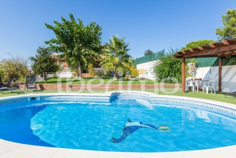 House   Lloret del Mar 8 persons - private pool, sea view and air conditioning p2