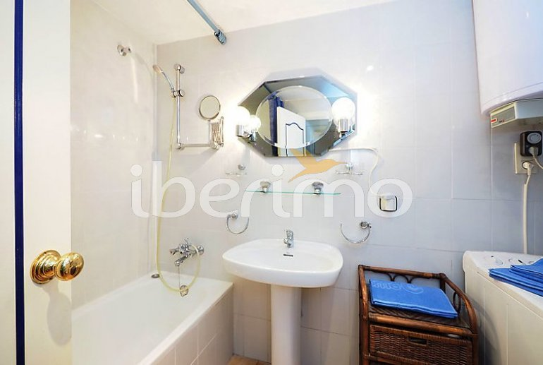 Flat   Empuriabrava 5 persons - comunal pool p12