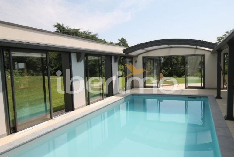 House   Talmont Saint Hilaire 8 persons - private pool p0