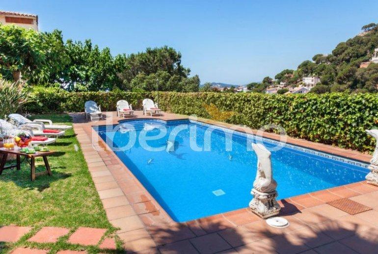 House   Lloret del Mar 15 persons - private pool p0
