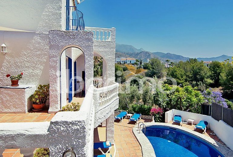 House   Nerja 9 persons - private pool p0